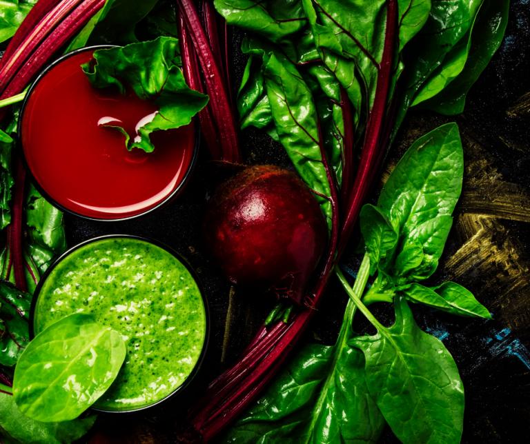 Sænk blodtrykket med bladgrønt og rødbede